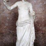 Afrodita de Arlés. 360 a.C. Praxíteles. Museo del Louvre